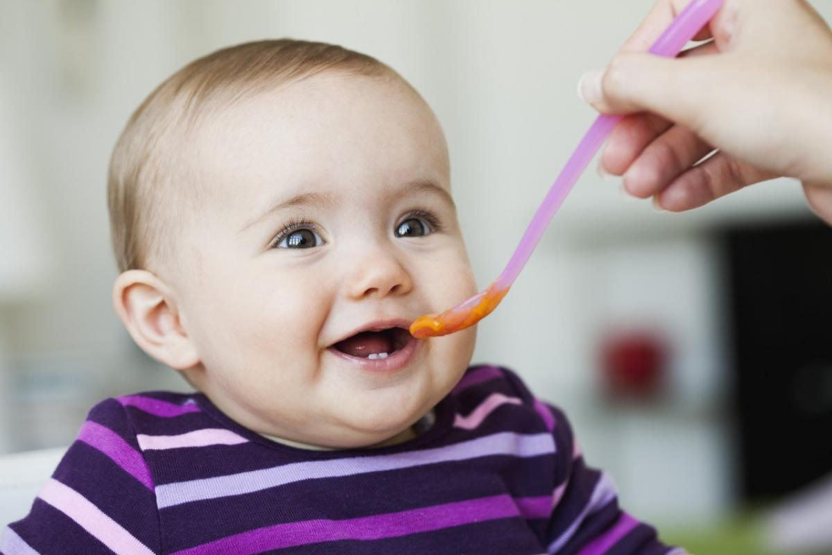 Một số bí quyết chăm sóc trẻ sơ sinh đúng cách