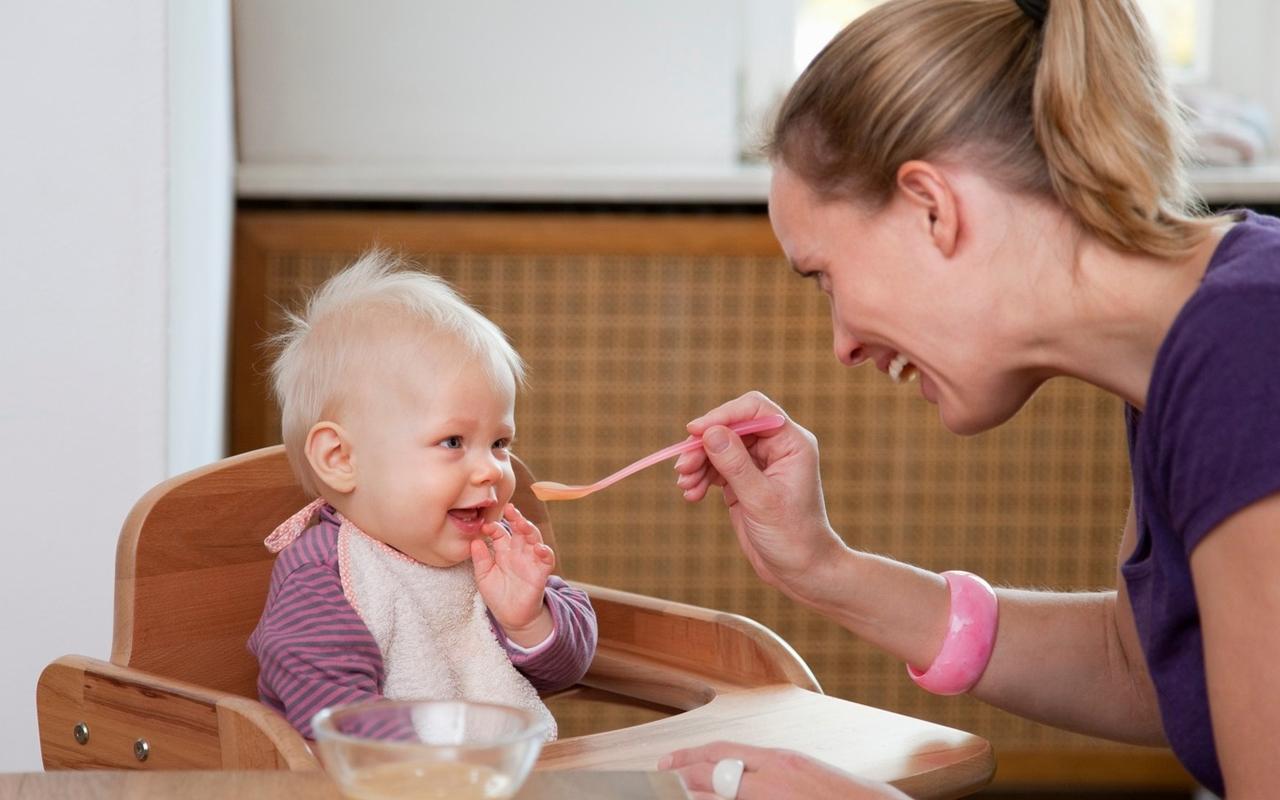 trẻ sơ sinh bị ho và nôn trớ_6