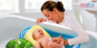 Cách tắm lá riềng cho trẻ sơ sinh