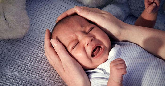 Tác hại khi trẻ sơ sinh khóc đêm