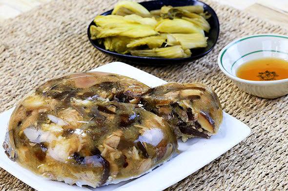 Thịt đông tạo nên hương vị tuyệt vời với âm thực ngày tết miền bắc