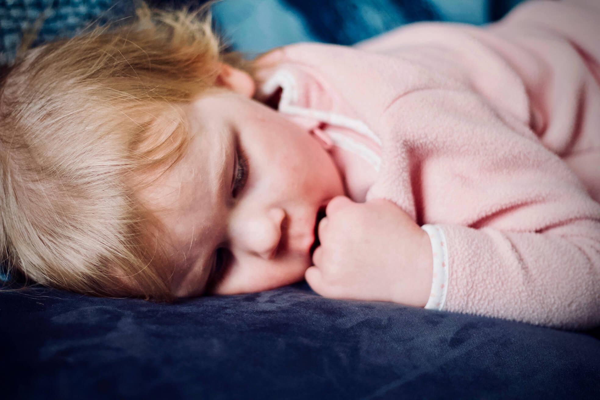 Trẻ sơ sinh bị ho khi ngủ_5