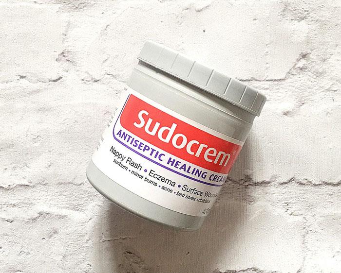 công dụng tuyệt vời củakem trị hăm tã Sudocrem