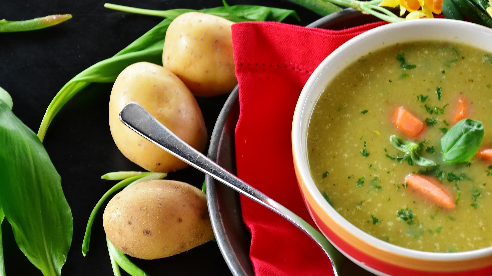 Cách nấu bột ăn dặm với phô mai và khoai tây