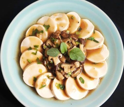 các món ăn chay đãi tiệc - đậu hũ non sốt nấm