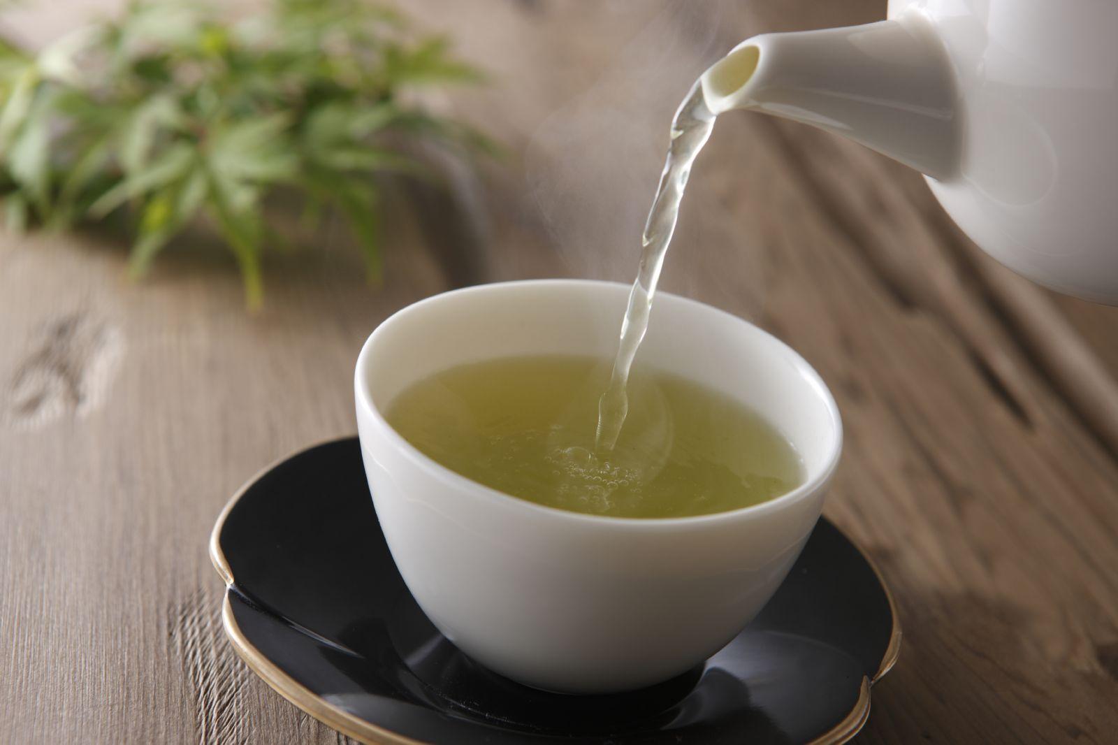trà thanh nhiệt giải độc - trà xanh