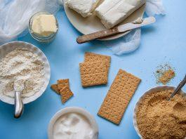 Cách làm sữa chua từ sữa công thức cho bé ngon và mịn