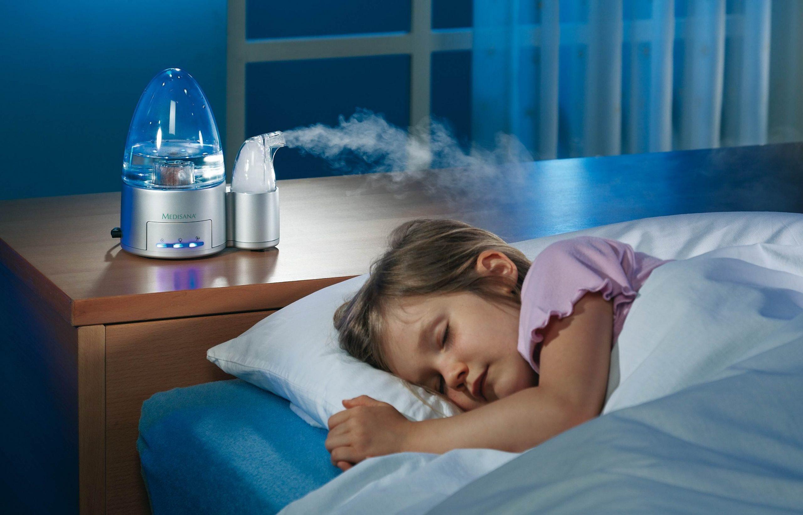 Sử dụng máy xông tinh dầu - Máy phun sương cho bé