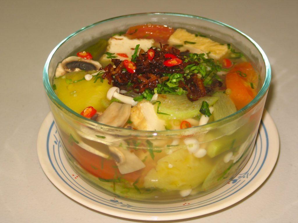 các món ăn chay thường ngày - canh chua nấm