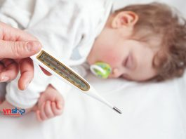 Bé uống thuốc hạ sốt mà không giảm thì phải làm sao?