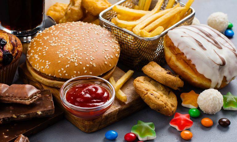 đồ ăn chứa carbohydrate tinh chế